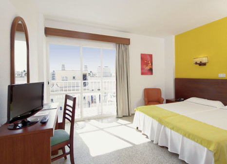 Hotelzimmer mit Tischtennis im JS Can Picafort