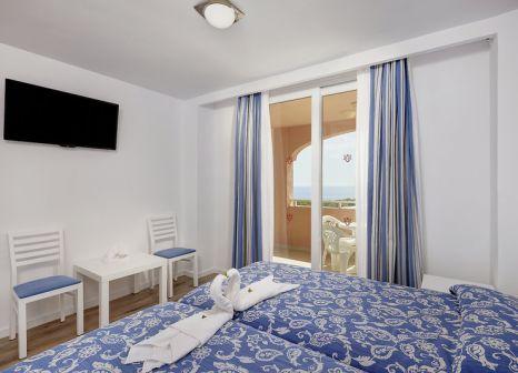 Hotelzimmer mit Aerobic im HYB Eurocalas Aparthotel