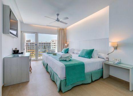 Hotelzimmer mit Mountainbike im Playalinda Aquapark & Spa Hotel
