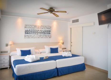 Hotelzimmer mit Volleyball im Playacapricho Hotel