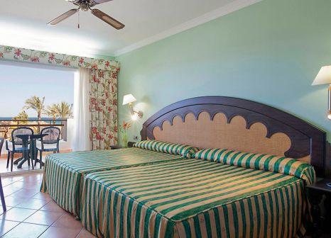 Hotelzimmer mit Mountainbike im Zimbali Playa Spa Hotel