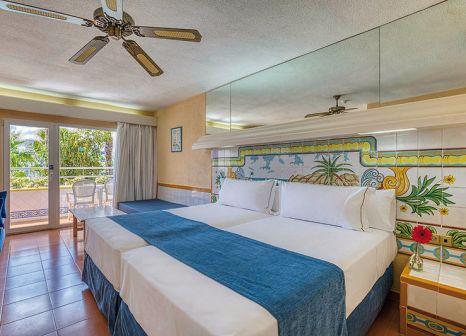 Hotelzimmer mit Volleyball im Vera Playa Club Hotel