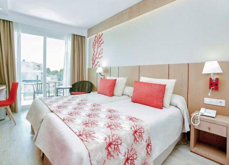 Hotelzimmer im Universal Hotel Perla günstig bei weg.de
