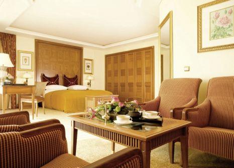 Hotelzimmer mit Yoga im Althoff Seehotel Überfahrt