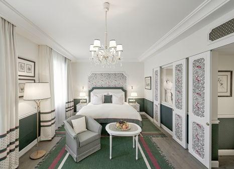 Hotelzimmer mit Tischtennis im Hotel Sacher Salzburg