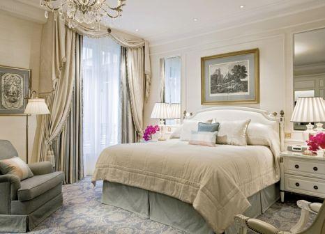 Hotelzimmer mit Hallenbad im Four Seasons Hotel George V