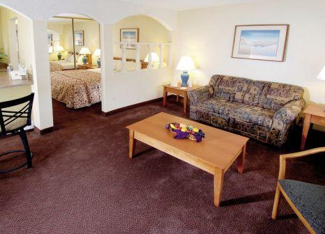 Hotelzimmer mit Hallenbad im Mardi Gras Hotel & Casino