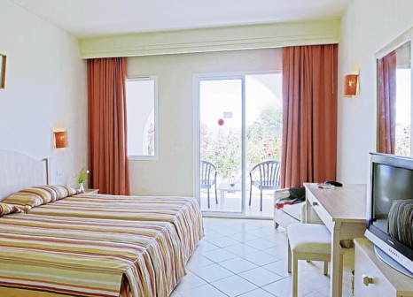 Hotelzimmer mit Mountainbike im Hotel Meninx Djerba