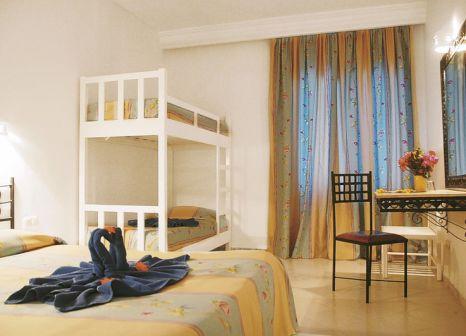 Hotelzimmer mit Volleyball im Smy Hari Club Beach Resort