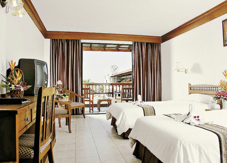 Hotelzimmer mit Yoga im Sunprime Kamala Beach Resort