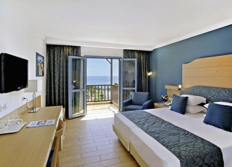 Hotelzimmer mit Volleyball im Lagas Aegean Village