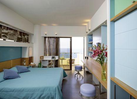 Hotelzimmer mit Mountainbike im Esperos Palace Resort