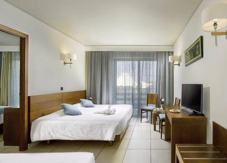 Hotelzimmer mit Mountainbike im Blue Lagoon Resort
