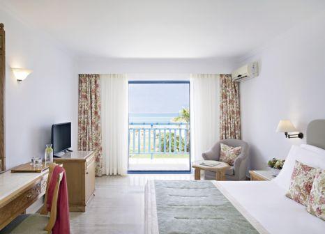 Hotelzimmer mit Volleyball im Rinela Beach Resort & Spa