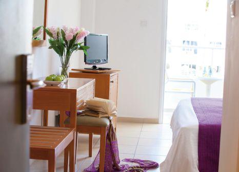 Hotelzimmer mit Volleyball im Mayfair Hotel
