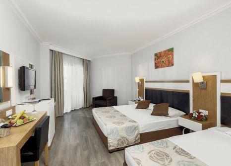 Hotelzimmer mit Volleyball im PrimaSol Hane Family Resort