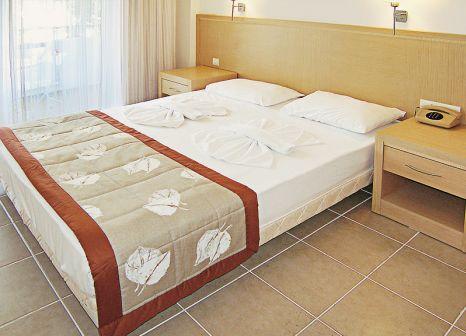 Hotelzimmer mit Volleyball im Turunç Resort