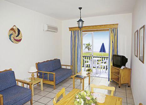 Hotelzimmer mit Mountainbike im Kefalos Beach Tourist Village