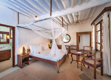 Hotelzimmer mit Volleyball im Diamonds Mapenzi Beach
