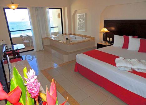Hotelzimmer mit Mountainbike im Crown Paradise Club Cancún