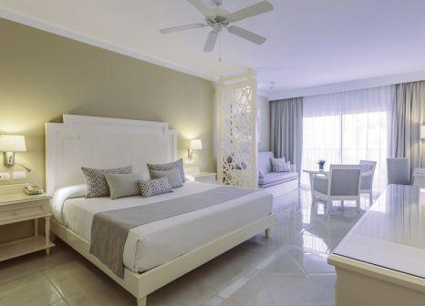 Hotelzimmer mit Mountainbike im Bahia Principe Fantasia Punta Cana