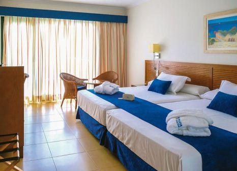 Hotelzimmer im Playamarina Spa Hotel günstig bei weg.de
