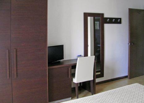 Hotelzimmer mit Mountainbike im Bellavista