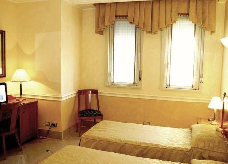 Hotelzimmer mit Tennis im Hellenia Hotel