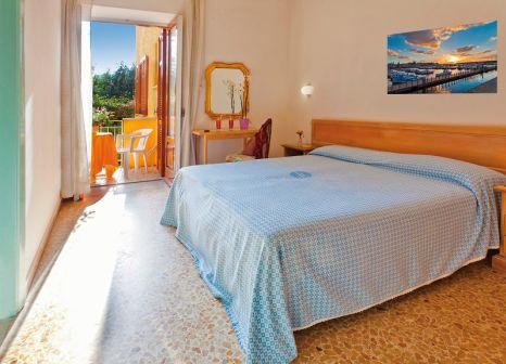 Hotelzimmer mit Mountainbike im Cleopatra