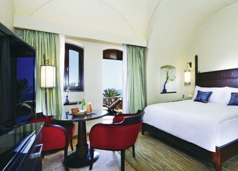 Hotelzimmer mit Mountainbike im Mövenpick Resort El Quseir