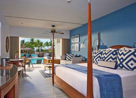 Hotelzimmer mit Yoga im Secrets St. James Montego Bay