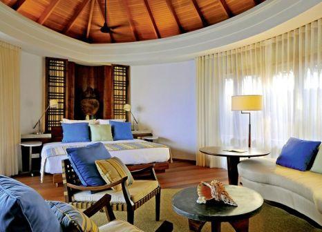 Hotelzimmer mit Volleyball im Constance Halaveli Maldives