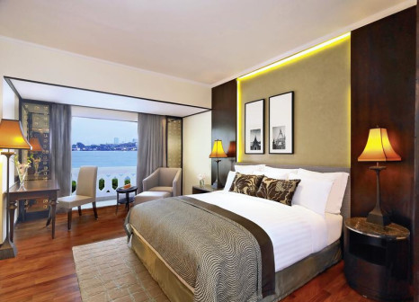 Hotelzimmer mit Yoga im Anantara Riverside Bangkok Resort