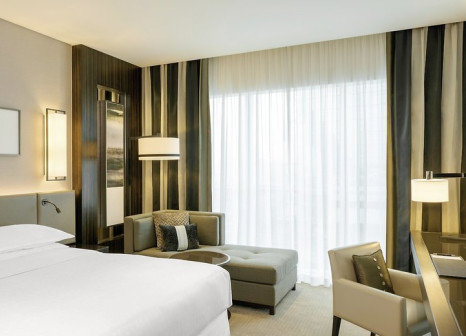 Hotelzimmer mit Kinderbetreuung im Sheraton Grand Hotel Dubai