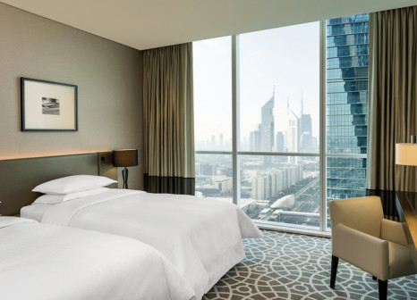 Hotelzimmer mit Golf im Sheraton Grand Hotel Dubai