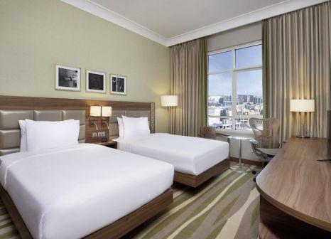 Hotel Hilton Garden Inn Dubai Al Muraqabat günstig bei weg.de buchen - Bild von JAHN Reisen