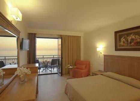 Hotelzimmer mit Tischtennis im Atlantis Beach Hotel
