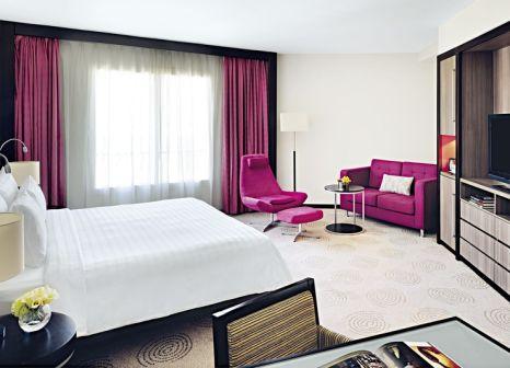 Hotelzimmer mit Golf im AVANI Deira Dubai Hotel
