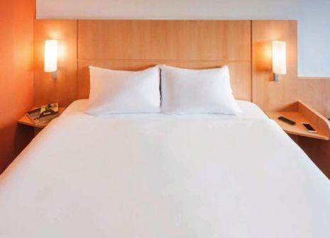 Hotelzimmer mit Klimaanlage im Hotel ibis Amsterdam Centre