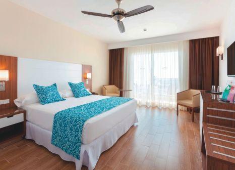 Hotelzimmer mit Golf im Hotel Riu Arecas