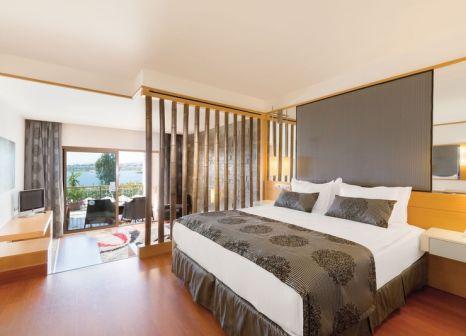 Hotelzimmer mit Mountainbike im Kefaluka Resort