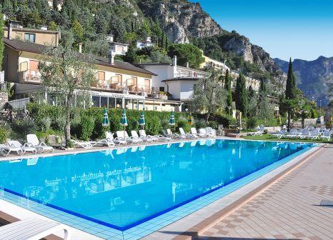 Hotel Village Bazzanega in Oberitalienische Seen & Gardasee - Bild von alltours