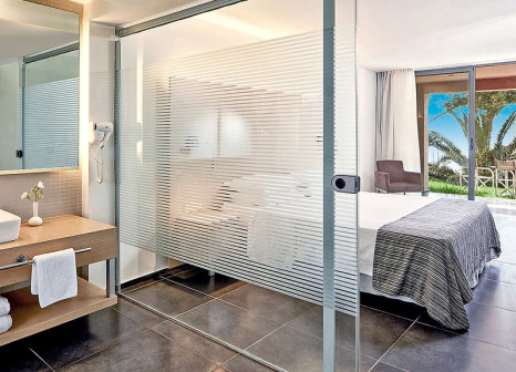 Hotelzimmer mit Mountainbike im Atlantica Carda Beach