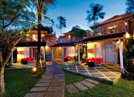 Hotelzimmer mit Mountainbike im Segara Village Hotel