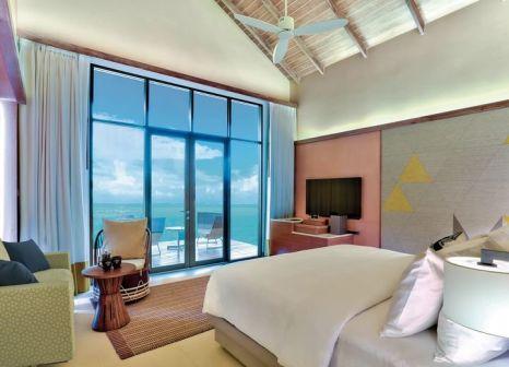 Hotelzimmer mit Volleyball im Hard Rock Hotel Maldives