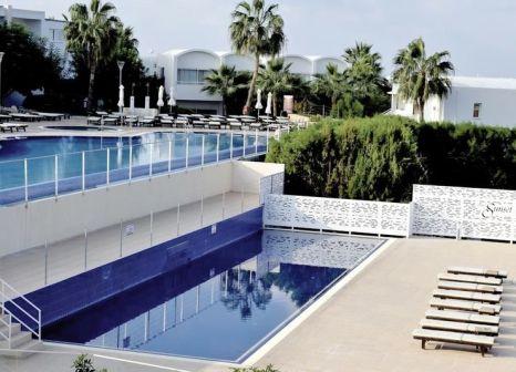 Hotel Theo Sunset Bay Holiday Village in Westen (Paphos) - Bild von FTI Touristik