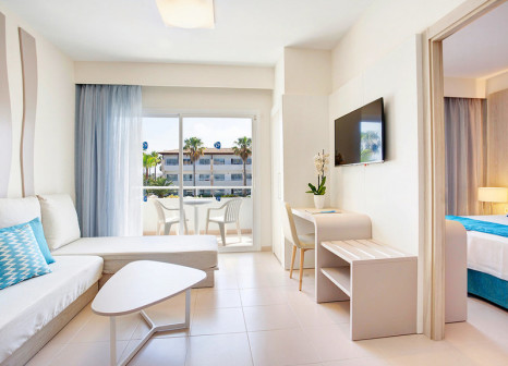 Hotelzimmer mit Volleyball im Grupotel Mallorca Mar