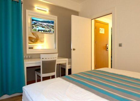 Hotelzimmer mit Volleyball im TUI BLUE Tropical