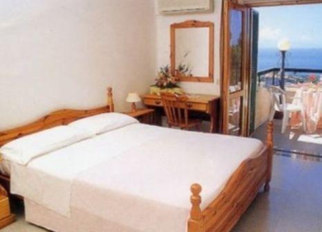 Hotelzimmer mit Paddeln im Hotel Stella Marina