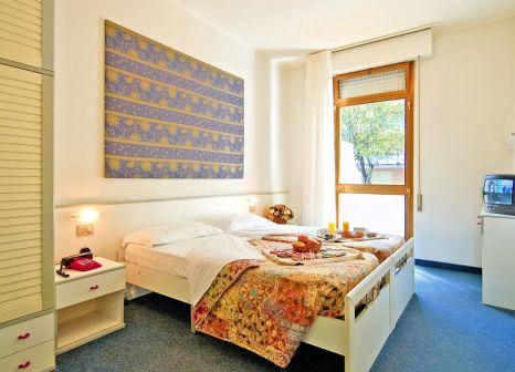 Hotelzimmer im Germania günstig bei weg.de